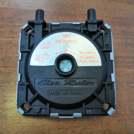 Дифференциальное реле (пневмореле) для газовой колонки Gazlux Standard W10-T2F (05-1511)