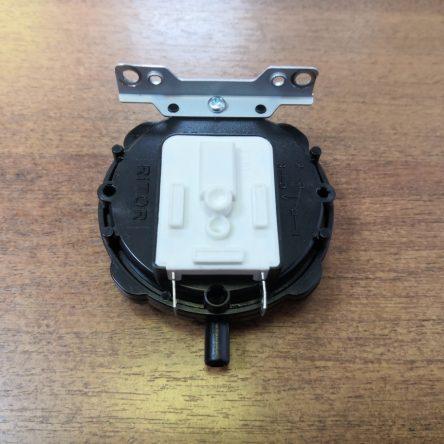 Датчик давления воздуха для газовой колонки Zanussi GWH Fonte Turbo (501202000101)