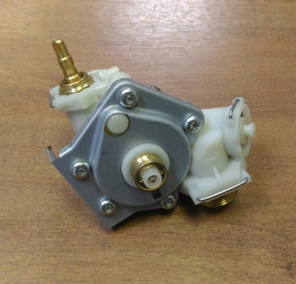Водяная арматура Bosch  Junkers WR-13(87070063430)